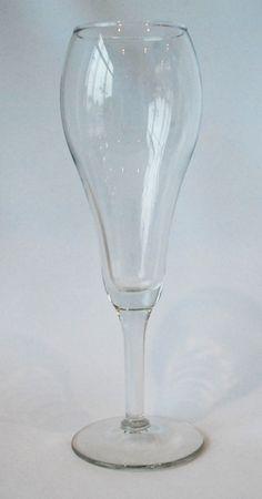 9 oz Tulip Champagne