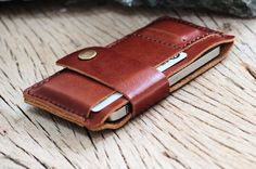 Love this!!!! Bravobranch brown leather iphone wallet by SakatanLeather on Etsy, $32.00