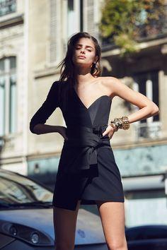 Alexandre Vauthier Coleço PrimaveraVero 2017 com Streetwear Refinado  Fragmentos de Moda