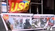 Sit-in dei vigili del fuoco davanti alla Prefettura di Catania - http://www.canalesicilia.it/sit-dei-vigili-del-fuoco-davanti-alla-prefettura-catania/ Catania, Prefettura, USB Vigili del Fuoco