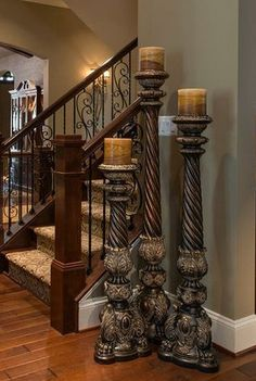 Tuscan style – Mediterranean Home Decor Tuscan Decorating, Interior Decorating, Old World Decorating, Casa Magnolia, Floor Candle Holders, Style Cottage, Tuscany Decor, Living Room Decor Furniture, Warm Home Decor