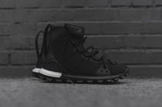 Y-3 SPORT Ushers in Its Highly Technical Footwear via the Trail X and Approach Mid Top Silhouettes