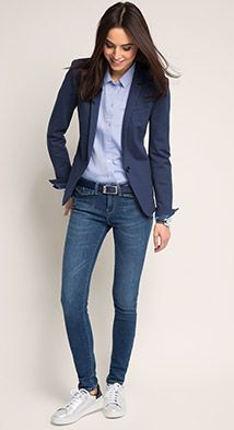 Dear stylist: I need a fitted blazer for tall women with long arms. Usually blazer arm lengths are too short. - 36 The Best Blazer Outfits Ideas For Women Best Blazer, Look Blazer, Blazer With Jeans, Women's Jeans, Denim Jeans For Women, Womens Blazer And Jeans, Fall Blazer, Summer Blazer, Shoes With Jeans