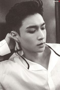 """chiuyixing: """" """" [SCAN] Lose Control cr.HUNLIKE! do not edit. """" """""""