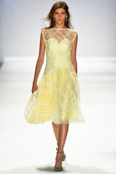 Tadashi Shoji Spring 2014 Ready-to-Wear Collection Slideshow on Style.com