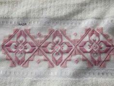 L Craft Stick Crafts, Diy And Crafts, Bargello Needlepoint, Sunbonnet Sue, Funny Art, Blackwork, Hand Embroidery, Needlework, Knitting Patterns