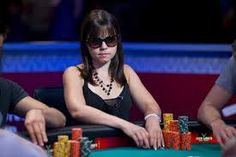 These names who tops the chart of female poker players are Vanessa Selbst, Kathy Liebert, Annie Duke , Annette Obrestad, Vanessa Rousso