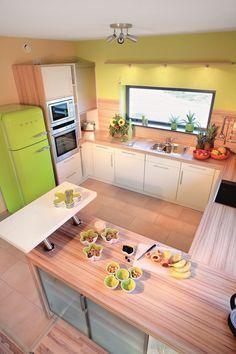 offene kche in hellen farben perfekt um gste zu empfangen - Moderne Kchen Mit Kochinsel