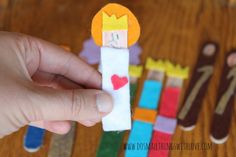 Today I am sharing my all-time favorite roundup with you: 33 Nativity Crafts for Christmas! As my husband can tell you, I am obsessed, OBSESSED with nativities! Around Christmas time I just keep …