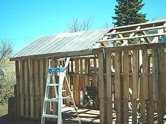 Build a shed out of pallets.