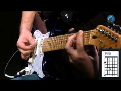 The Police - Message in a Bottle (como tocar - aula de guitarra) - YouTube