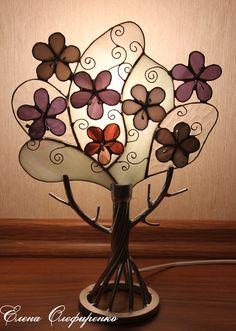 Stained wood lamp.Витражное дерево-светильник
