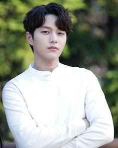 Image may contain: one or more people, outdoor and closeup Drama Korea, Korean Drama, Asian Actors, Korean Actors, K Drama, Best Kdrama, Song Joong, Park Hyung, Choi Jin