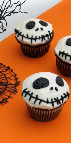 Nightmare Before Christmas Jack Skellington cupcakes! Need to do this!