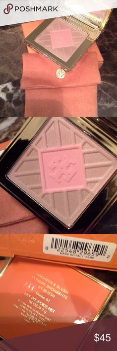 Tory Burch Bronzer & Blush. NIB/FINAL $ In Divine 01  Authentic. Guaranteed   Brand new in box   Gorgeous multi color bronzer / blush with slight shimmer   Check out my closet for tons of high end beauty brands. Everything Authentic Always   Shop with confidence. Top 10 % rated seller with over 75 glowing reviews   Daily shipping   No trades  PRICE FIRM AND LOWEST Tory Burch Makeup Bronzer