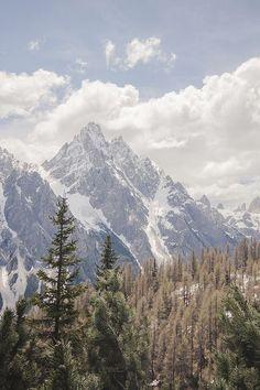 Mountains//