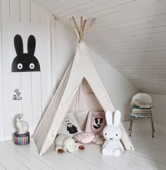DIY tipi kids room decoration, decoracion habitacion para los niños