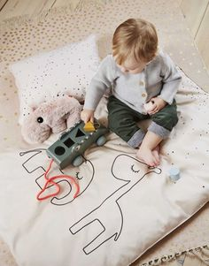This fun pull toy Croco from Done by Deer is sure to provide hours of fun. Sort the shapes and place them in the right shapes in the belly of Croco. Paper Crafts For Kids, Preschool Crafts, Thy Art Is Murder, Dragon Fly Craft, Pull Along Toys, Insect Crafts, Done By Deer, Activity Toys, Pull Toy