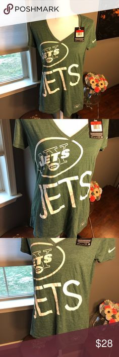 🆕 New York Jets Nike V-Neck T-Shirt Large NWT ⭐️ Brand new with tags! Thank you for looking! Nike Tops Tees - Short Sleeve