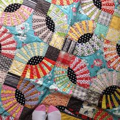 grumpystitches:  @Aneela Hoey posting a pic of my favorite quilt…although it is difficult to choose #favquiltivemade by Mary @ Molly Flanders...