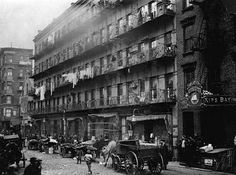"""Shorpy Historical Photo Archive : Elizabeth Street: 1912 """"Row of tenements, 260 to 268 Elizabeth St., New York, in which a great deal of finishing of clothes is carried on. Old Pictures, Old Photos, Vintage Photos, Antique Pictures, Lewis Wickes Hine, Vintage New York, Vintage London, Lower East Side, Industrial Revolution"""