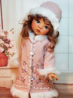 Pretty Dolls, Cute Dolls, Beautiful Dolls, Space Theme Preschool, Sarah Kay, Boutique Design, Little Darlings, Vintage Dolls, Doll Clothes