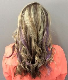 Cool ideas for purple highlights. Top ideas of Purple Highlights. Simple and elegant ideas for purple highlights. Purple highlights idea for this season. Lavender Highlights, Blonde Hair With Highlights, Brown Blonde Hair, Black Hair, Cabello Peekaboo, Peekaboo Hair, Ombre Hair Color, Purple Hair, Purple Ombre