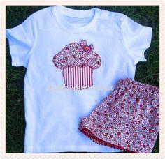 Conjunto para niña de flores rojas con diseño de magdalena