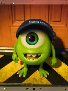 1000 images about mike wazowski on pinterest mike d for Monsters inc bathroom scene
