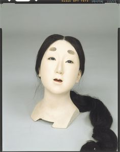 Raw doll _ Fujiwara era maid body seat appearance Tokyo National Museum Image ID: C0098413 Shooting site: Front Column article number: I-1100 author: Three generations Yasumoto Kamehachi Age: Meiji era _20c shape: High 28.8