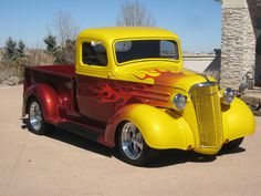 Vintage Trucks Muscle World's Best Muscle Cars - Hot Rod Trucks, Cool Trucks, Big Trucks, Cool Cars, Classic Pickup Trucks, Chevy Pickup Trucks, Chevy Pickups, Chevy Ssr, Lowrider Trucks