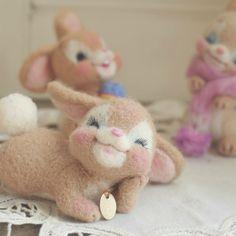 Needle Felted Animals, Felt Animals, Cute Baby Animals, Nuno Felting, Needle Felting, Felting Tutorials, Vintage Easter, Fabric Dolls, Plush Dolls