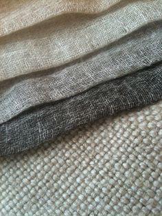 natuurlijk linnen - stoer en zacht. Voor meubels, gordijnen, kussens, tafellinnen en bedtextiel.