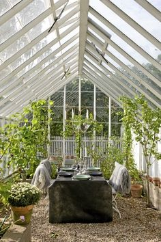 Get inspiration on how you can create your own greenhouse or orangery - so easy and beautiful - right here on simply danish living. Outdoor Rooms, Outdoor Gardens, Outdoor Living, Indoor Outdoor, Dream Garden, Home And Garden, Sun Garden, Gazebos, Greenhouse Gardening