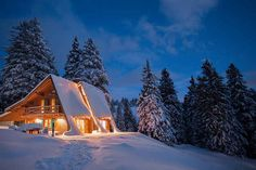 Alpine Chalet, Slovenia, £74/Night http://www.buzzfeed.com/chelseypippin/16-splendid-winter-getaways-to-stay-in-this-christmas