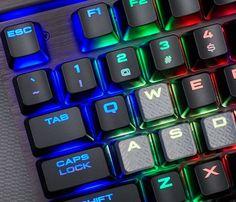 Corsair lanza nueva gama de teclados mecánicos LUX