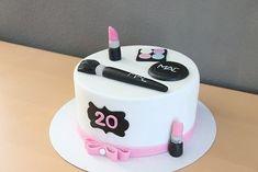 Birthday Cake Fondant Girl How To Make 69 Ideas For 2019 16th Birthday Cake For Girls, 13 Birthday Cake, Birthday Cake Decorating, Make Up Torte, Make Up Cake, Fondant Girl, Fondant Cakes, Mac Torte, Hairdresser Cake