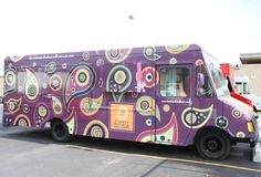 another amazingly decorated Indian food truck