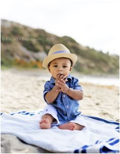 Ideas For Baby Boy Photo Shoot Ideas 6 Month Beach Toddler Beach Photos, Baby Beach Pictures, Baby Boy Photos, Beach Pics, Baby Am Strand, Baby Monat Für Monat, 6 Month Baby Picture Ideas, Boy Photo Shoot, Children Photography