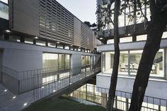 Gallery of Oak House High School Building / Trasbordo Arquitectura - 13