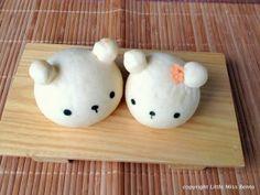 Cute Bear Bread Buns Recipe 熊のパンのレツピ - Little Miss Bento