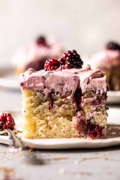 Swirled Blackberry Lavender Sheet Cake: layered with fresh berries and hints of lavender...the perfect berry-filled cake for all occasions! Delicious Desserts, Dessert Recipes, Fun Recipes, Dessert Ideas, Summer Recipes, Blackberry Cake, Sheet Cake Recipes, Half Baked Harvest, Piece Of Cakes