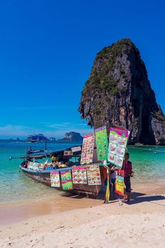 Phi Phi Islands - The Ultimate Guide Phuket Travel Guide, Thailand Travel Tips, Asia Travel, Thailand Island Hopping, Krabi Island, Thailand Adventure, Adventure Travel, Thailand Pictures, Khao Lak Beach