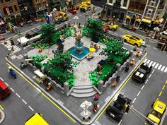 Lego Minecraft, Lego Lego, Lego Train Station, Legoland, Modele Lego, Lego Dinosaur, Best Lego Sets, City Layout, Lego Disney Princess