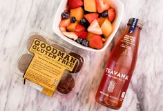 I like a good combo! Your favorite Goodman #glutenfree paired with a refreshing beverage and fruit! Dairy Free Appetizers, Dairy Free Snacks, Toddler Snacks, Quick Snacks, School Snacks, Refreshing Drinks, Party Snacks, Healthy Kids, Glutenfree