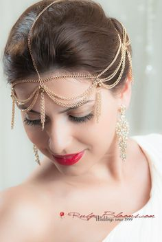 Art Deco Golden Chain Wedding Head Piece #wedding #rubyblooms #hairpiece #inspiration #bridal #bridalhair #bridalhairpiece #bridetobe #hairfashion #hairstyle #justengaged #engaged #weddingphotography #bigday #indianfashion #weddingplanner #lgbt #gaywedding #artdeco #indianwedding #roaring20s #vintagewedding #luxurywedding #sdwedding #nywedding #artdeco #weddinggown #designer #fashionista #hairaccessory #chic #bridaldres #mua #accessory #headwrap #beauty #headchain #goldwedding
