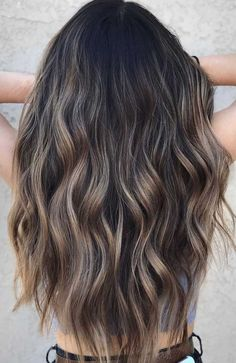 49 Beautiful light brown hair color to try for a new look- The Best Hair Colour Ideas For A Change-Up This Year, Gorgeous Balayage Hair Color Ideas - brown Balayage Highlights,Beachy balayage hair color Highlights For Dark Brown Hair, Brown Hair Shades, Brown Hair Balayage, Brown Blonde Hair, Light Brown Hair, Brown Hair Colors, Balayage Highlights, Dark Highlighted Hair, Peekaboo Highlights