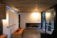 BAK arquitectos builds the casa mar azul in a dense forest Modern Home Interior Design, Home Design, Modern Design, Simple Interior, Small Summer House, Casas Containers, Forest House, Small House Design, Glass House