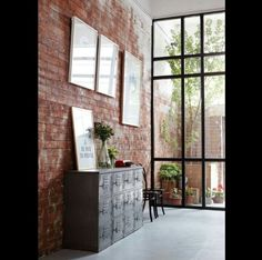 Usually the living room interior of the exposed brick wall is rustic, elegant, and casual. Exposed brick wall will affect the overall look of your house more appreciably. Interior Architecture, Interior And Exterior, Brick Interior, Wall Exterior, Brick Architecture, Interior Livingroom, Interior Walls, Kitchen Interior, Exposed Brick Walls