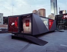 Portable experience to launch and promote the latest Nike Tech Pack fleece collection in Australia. Container Design, Container Van, Container Buildings, Container Architecture, Stand Design, Booth Design, Shipping Container Office, Retail Facade, Nike Tech